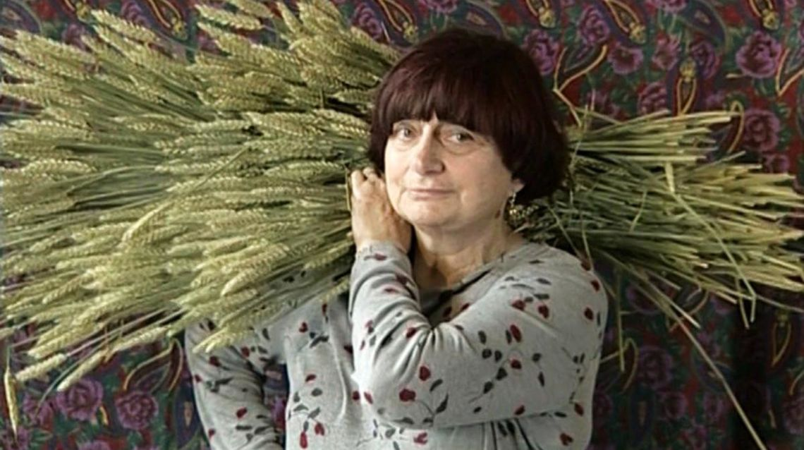 Screening at Lightbox Film Center 2/13/18. Varda films and interviews gleaners in France in all forms, from those picking fields to those scouring dumpsters.